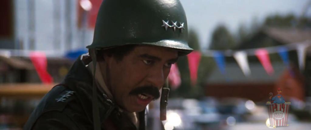 ¿En serio? ¿Un general del ejército?