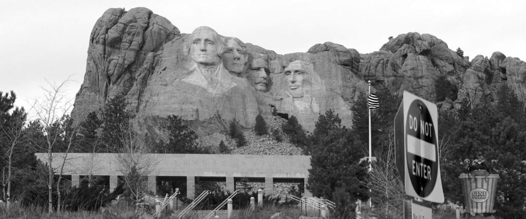 """""""Washington es el único que tiene ropa, y Lincoln ni siquiera tiene una oreja"""""""