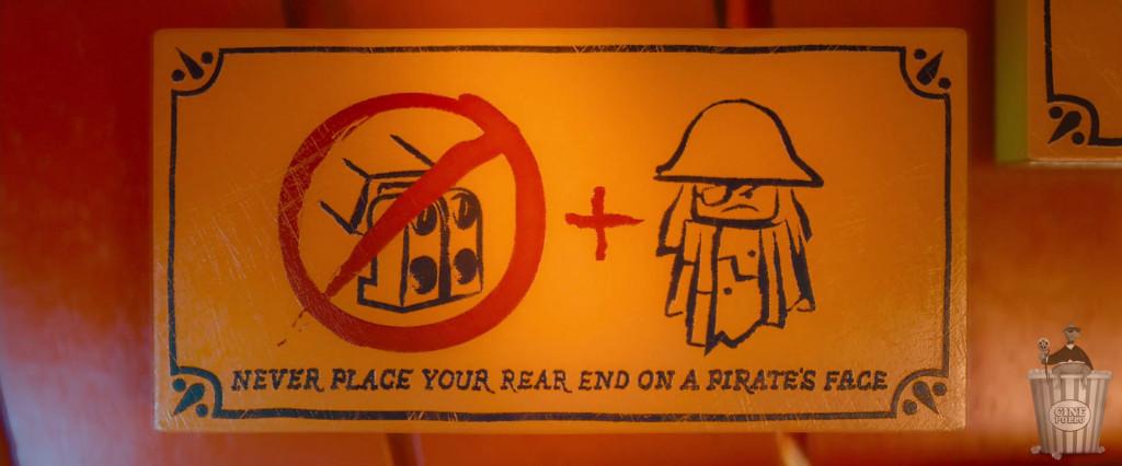 Consejos para vivir feliz: No poner trasero sobre cara de pirata.